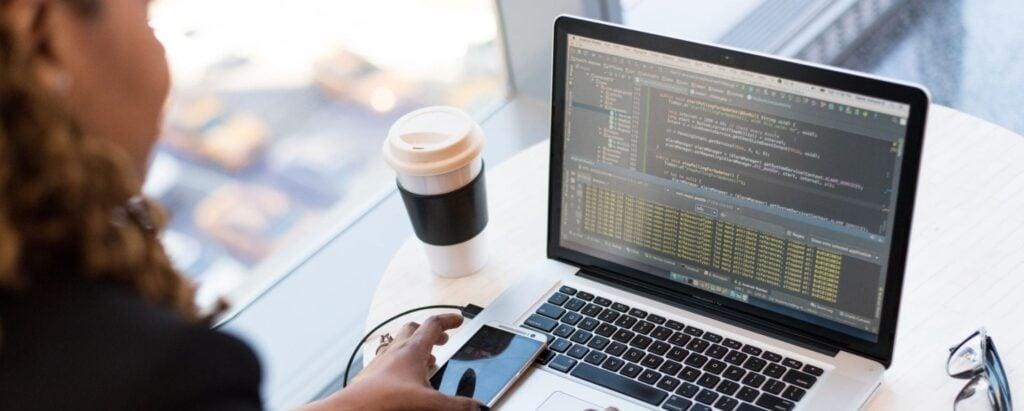 Side hustle: Become a freelance web developer